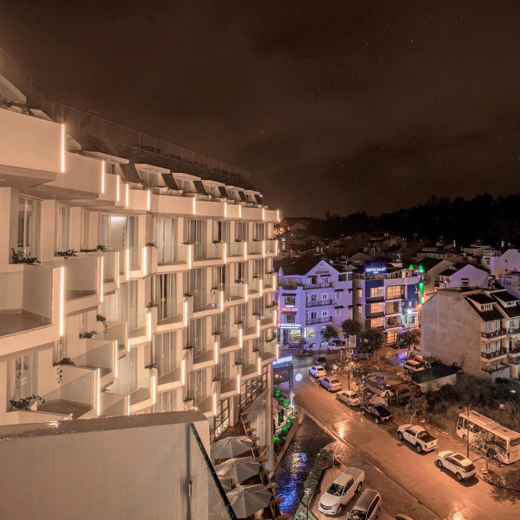 KHÁCH SẠN GOLF VALLEY HOTEL